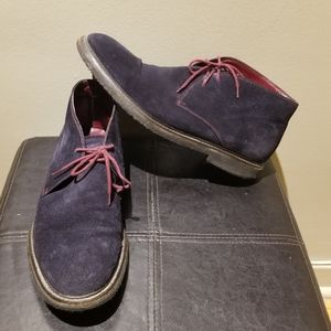 TO BOOT NEW YORK Blue Suede Chukka Boot (Size 9)